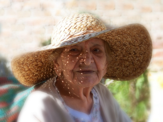 Abue Grandma